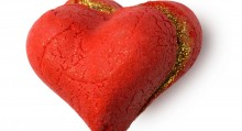 LUSH: Pěna Heart Throb
