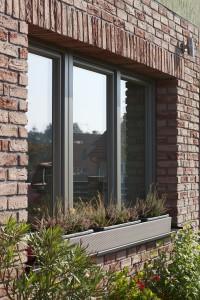 Kvalitní plastová okna, díky kterým ušetříte tisíce za vytápění, nabízí třeba firma Inoutic.