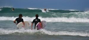 Surfování jako každodenní náplň dne.