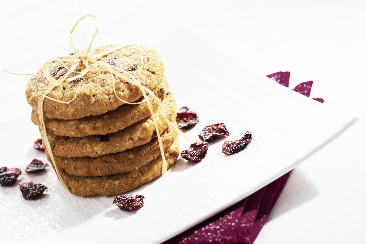 Ovesné cookies s brusinkami (1280×854)