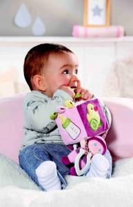 821817 BABY born for babies Kosticka s aktivitami pro miminka12