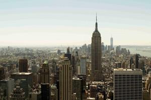 Takto uvidíte Empire State Building z vyhlídky v 70. patře Top of The Rock.