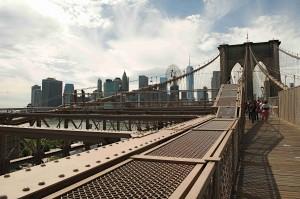 Brooklynský most je úžasná stavba sama o sobě.