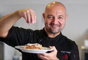Šéfkuchař Sergio Bellini.